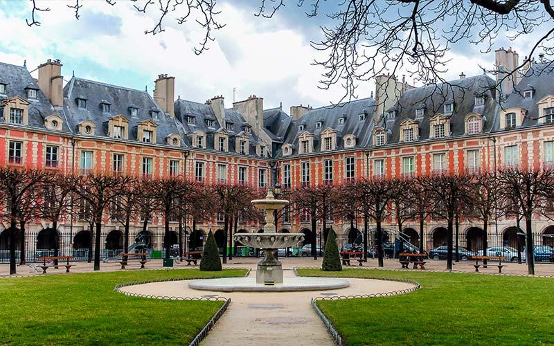 Place des Vosges