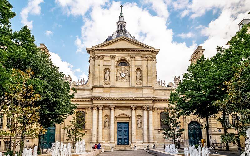Bâtiment historique de l'Université de la Sorbonne