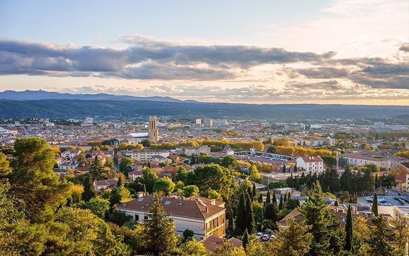 Vue sur les toits du centre-ville d'Aix-en-Provence