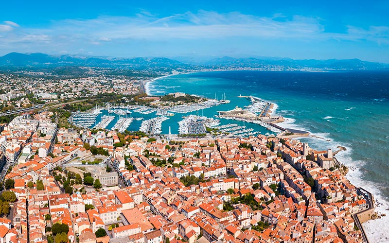 Vue panoramique d'Antibes
