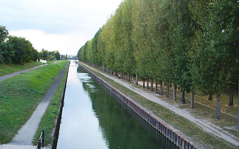 Berges du canal de l'Ourcq à Aulnay-sous-Bois
