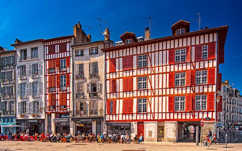Maisons colorées à Bayonne