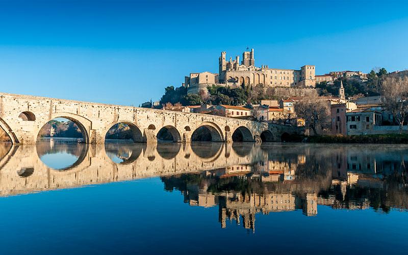 Cathédrale Saint-Nazaire et le vieux pont de Béziers