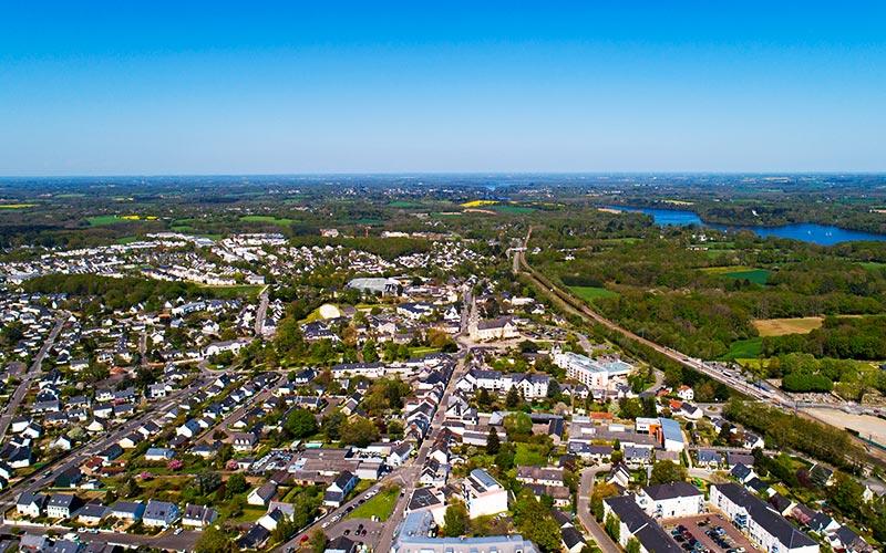 Vue aérienne du centre-ville de La Chapelle sur Erdre