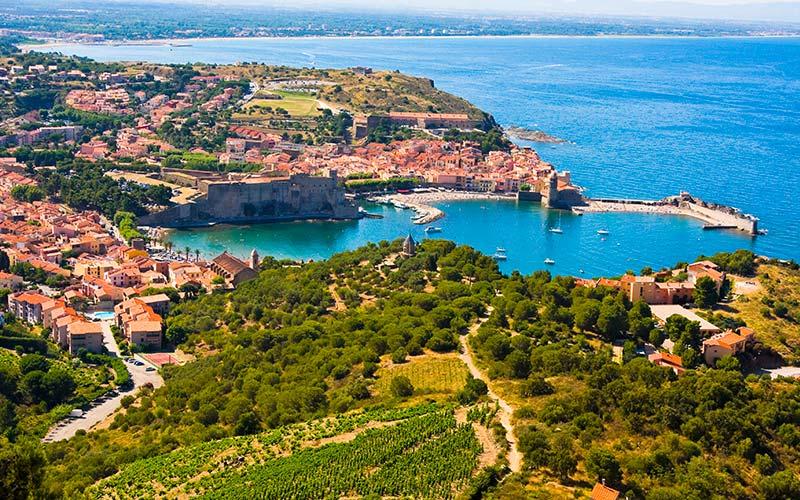 Vue aérienne sur le port de Collioure