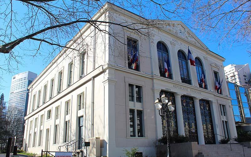 Hôtel de ville à Courbevoie
