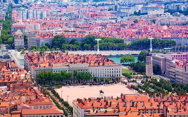 Vue aérienne de la place Bellecour  à Lyon