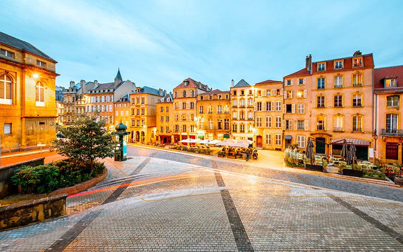 Place dans le quartier Ancienne Ville à Metz