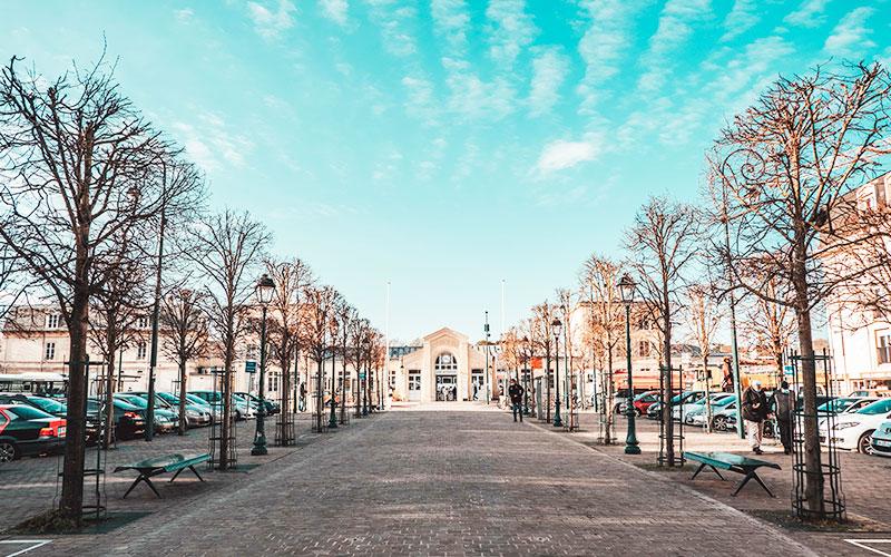 Place du Général de Gaulle à Pontoise