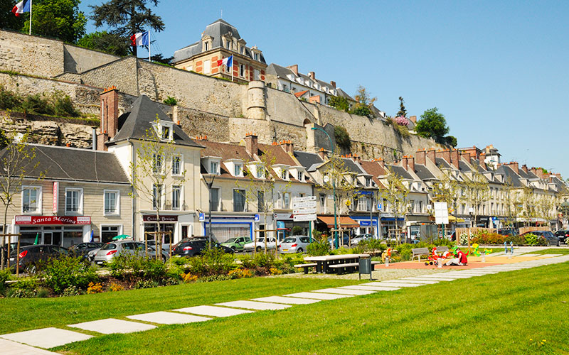 Rue de l'Hôtel Dieu à Pontoise