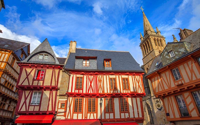 Maisons à colombage, place Henri IV