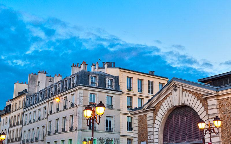 Architecture classique des bâtiments de la ville de Versailles