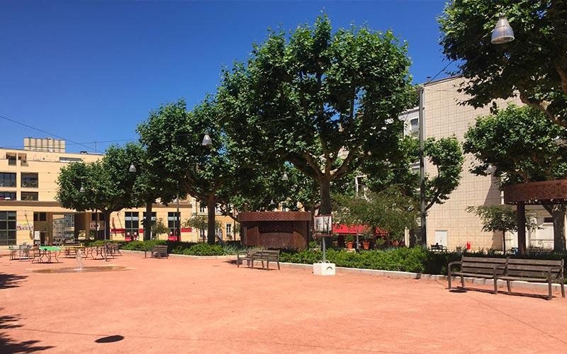 Place des Arts à Villefranche-sur-Saône
